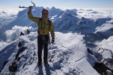Ben in cima al Matterhorn, vetta svizzera 4478m.