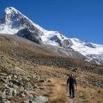La Dent Blanche domina il panorama della Val d'Herens.