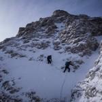 Verso la sella tra il primo e il secondo salto della Cresta Sud del Popena.