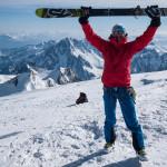In cima al Monte Bianco con gli sci.