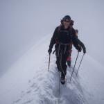 Sulla stretta cresta nevosa del Breithorn.